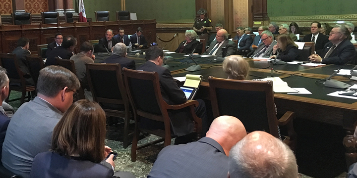 Hearn Advocates for CU Members at Iowa House Hearing on Taxation